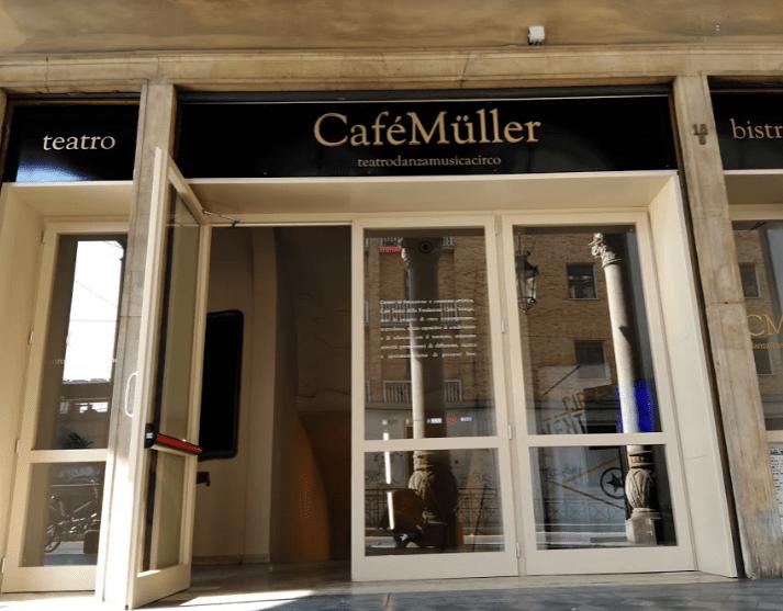 Cirko Vertigo inaugura Café Müller