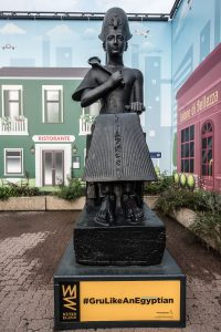 Ramses II a le Gru
